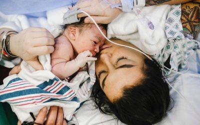 Cómo es una cesárea y qué es una cesárea humanizada